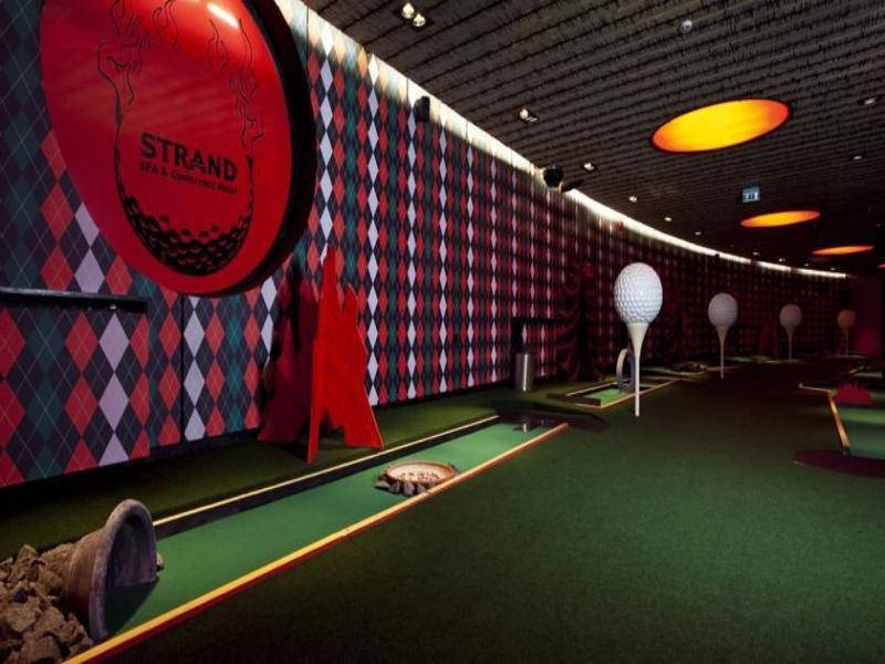 Sports and Entertainment Strand Spa & Conference Hotel