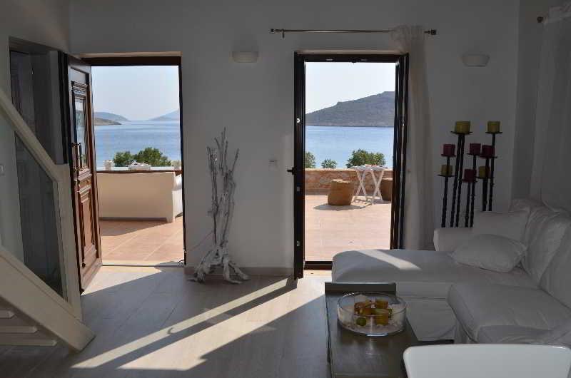 Lobby Ftenagia Villas