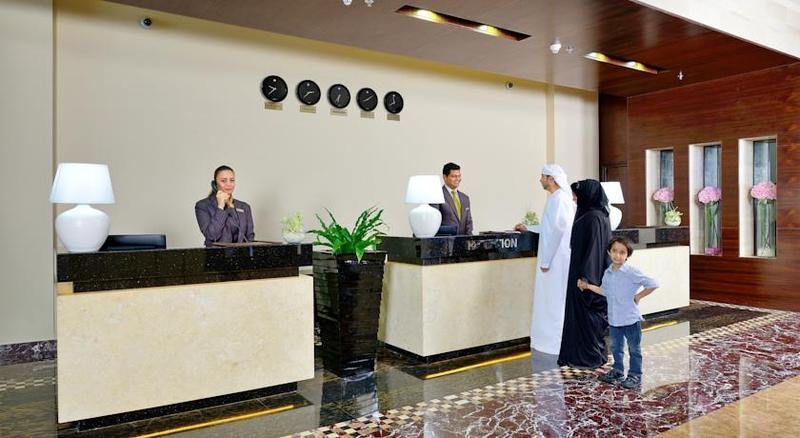Lobby Copthorne Hotel Sharjah