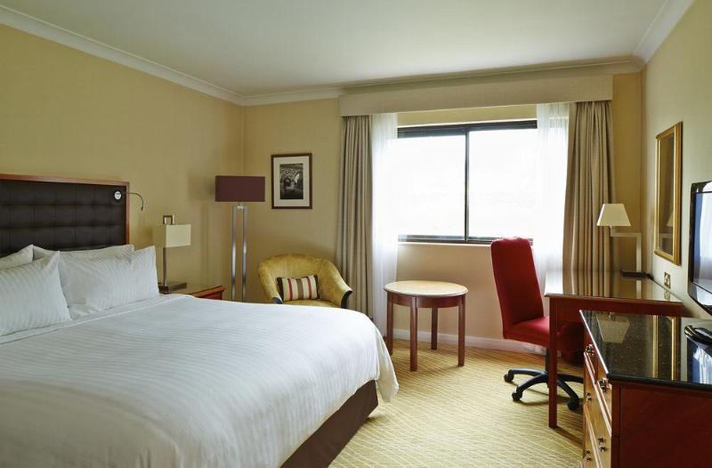 General view Marriott Hotel Heathrow Windsor