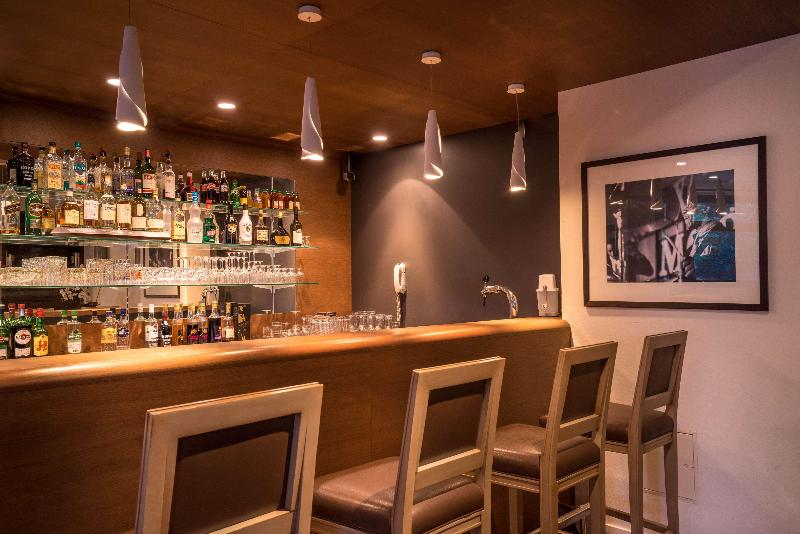 Bar Best Western  Hostellerie Du Vallon
