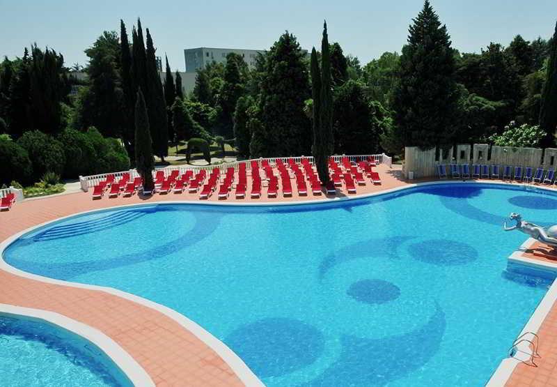 Pool Yuzhnoe Vzmorye