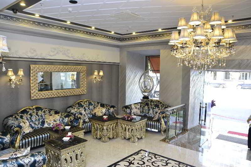 Lobby Imperial Palace