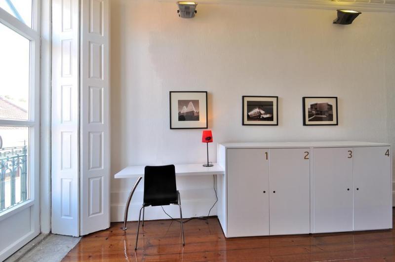 General view Gallery Hostel