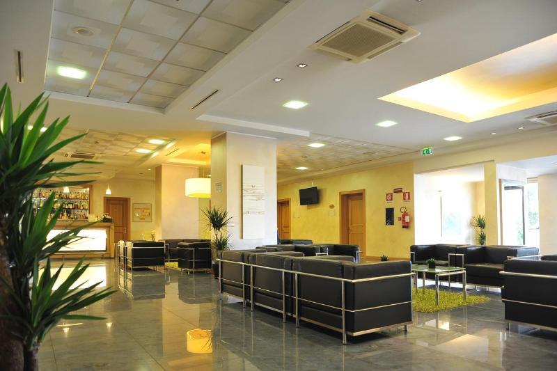 Lobby Palace Hotel Zingonia