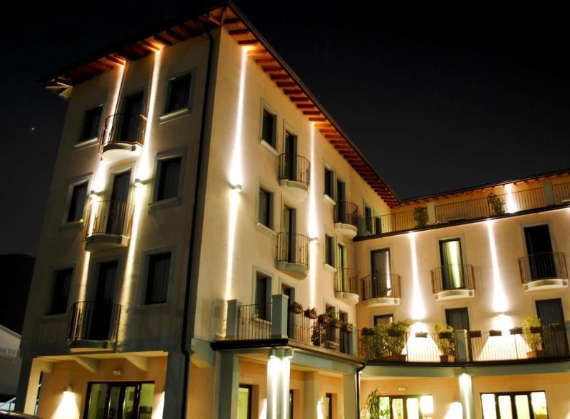 General view International Hotel