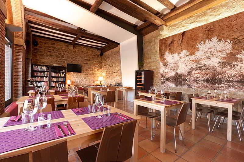 Restaurant Hospederia De Alesves