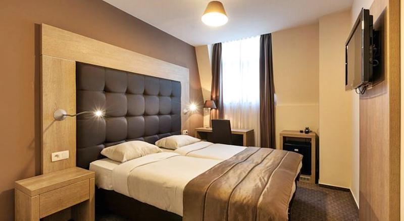 Villa Royale - Room - 1