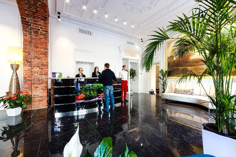 Lobby Golden Triangle Hotel