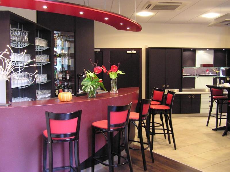Kyriad Metz Centre - Bar - 2