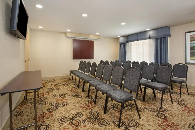 Comfort Inn & Suites - Conference - 13