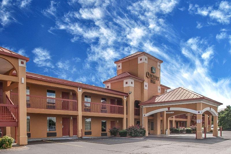 Quality Inn - Hotel - 4