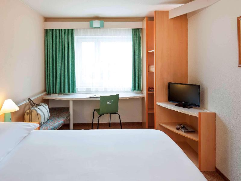 Room Ibis Dortmund City