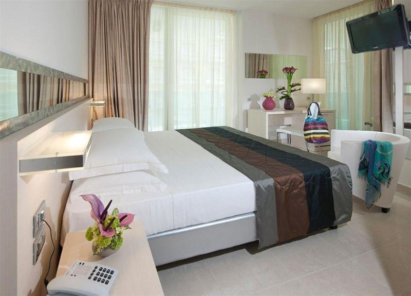 Mercure Rimini Artis Hotel In Rimini Rimini Province Italy