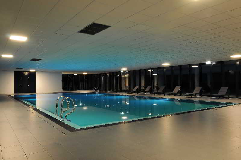 Open Village Sports Hotel & Spa Club - Pool - 13