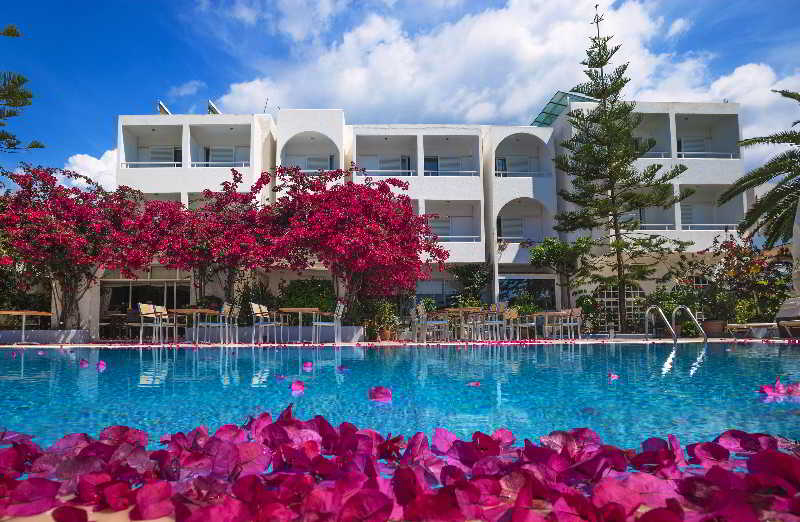 Pool Kyparissia Beach
