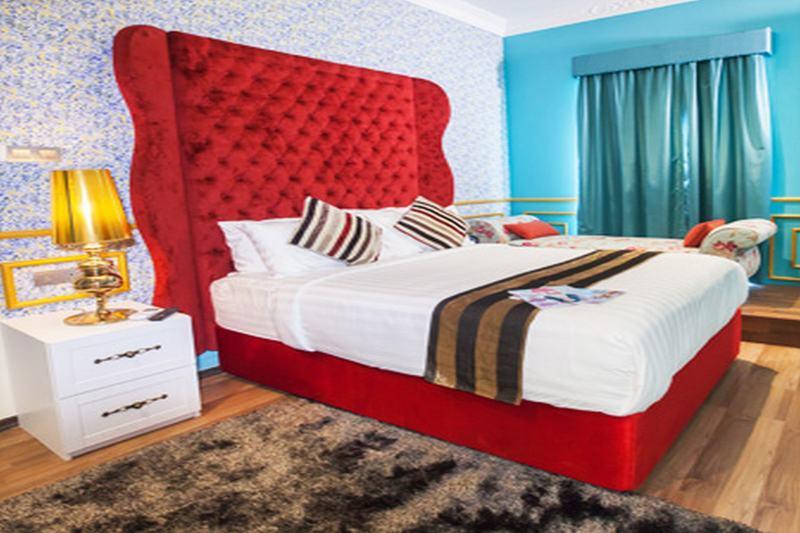 Deluxcious Heritage Hotel - Room - 11