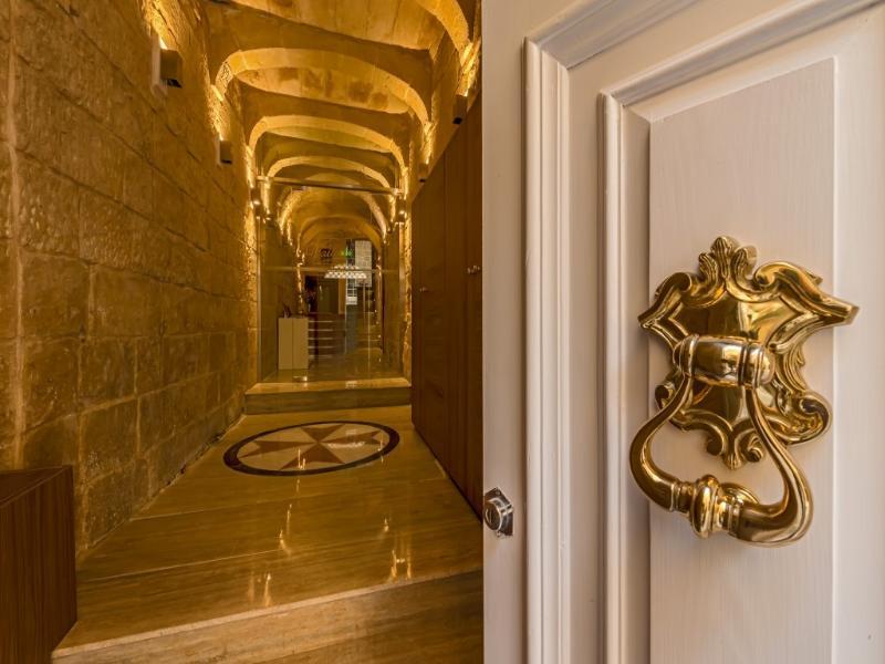Lobby Valletta Merisi Suites