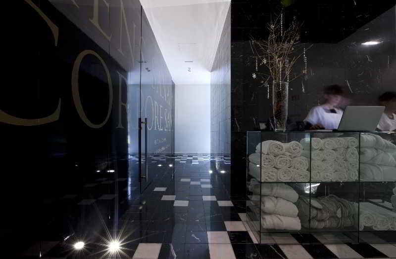 Sports and Entertainment Duecitania Design Hotel