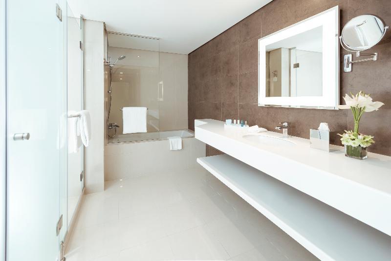 Room Novotel Fujairah