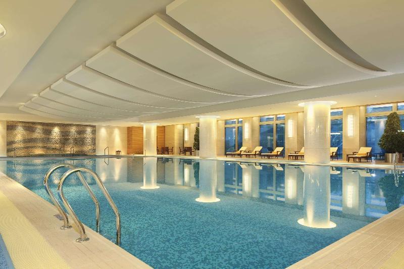 Pool Doubletree By Hilton Hangzhou East