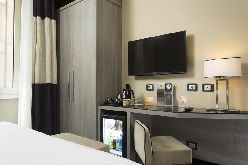 Room Rome Life