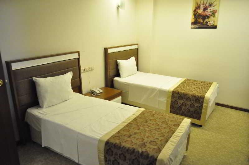 Room Ts Gold Hotel
