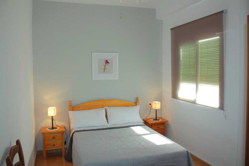Room Hostal Toril