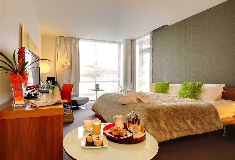 Room D Hotel