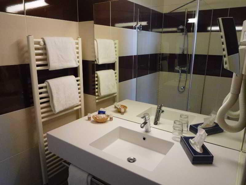 Room Inter-hotel Genève Sud Rey Du Mont Sion
