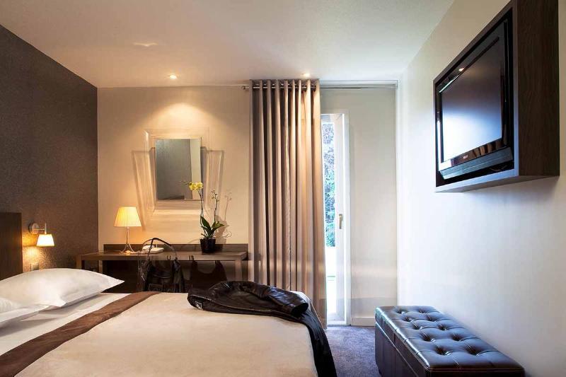 Room Inter-hotel Paris Parc Des Expositions Villepinte
