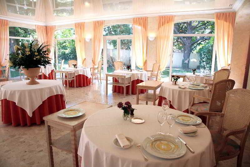 Restaurant Relais Du Silence Le Mas Du Soleil