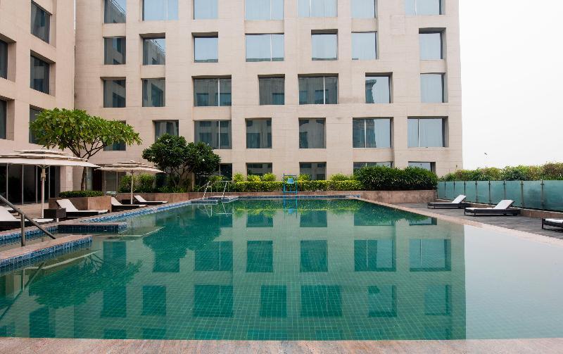 Pool Holiday Inn New Delhi International Airport