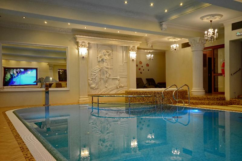 Pool Solar Palace Spa & Wellness