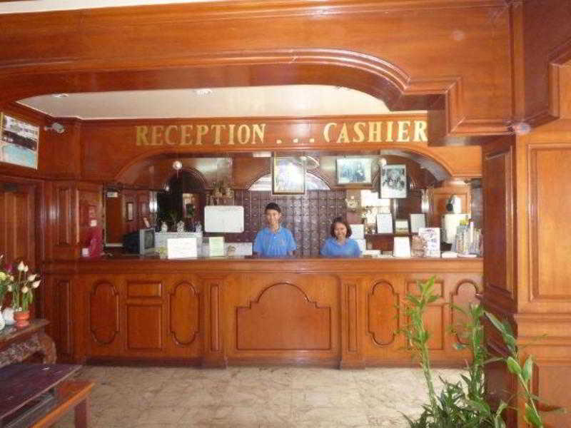 Lobby Marina Inn Pattaya