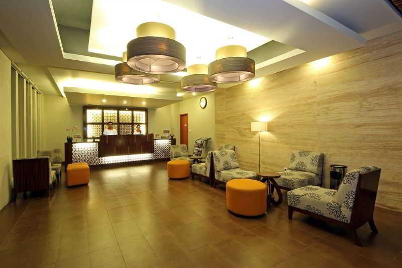 Lobby Adhi Jaya Sunset
