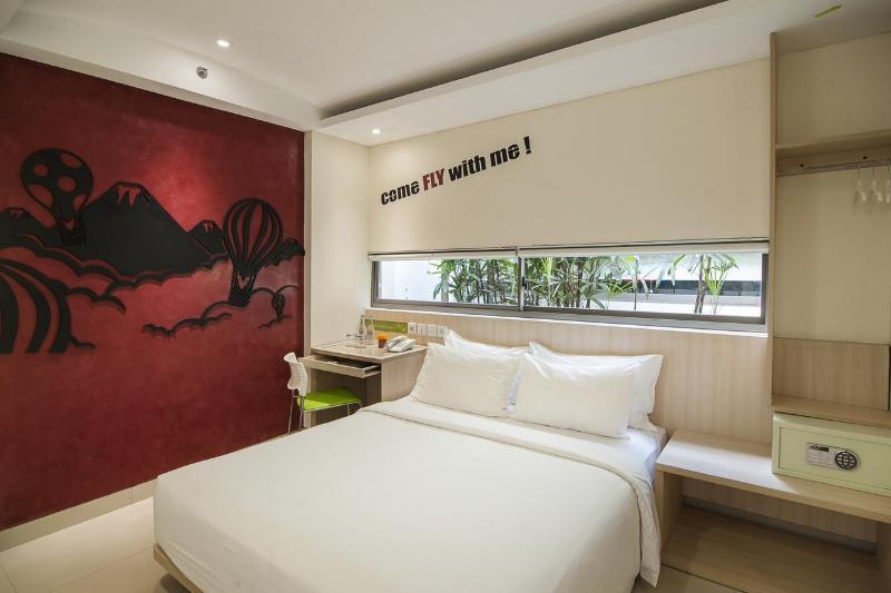 Grandmas Legian Hotel - Room - 8
