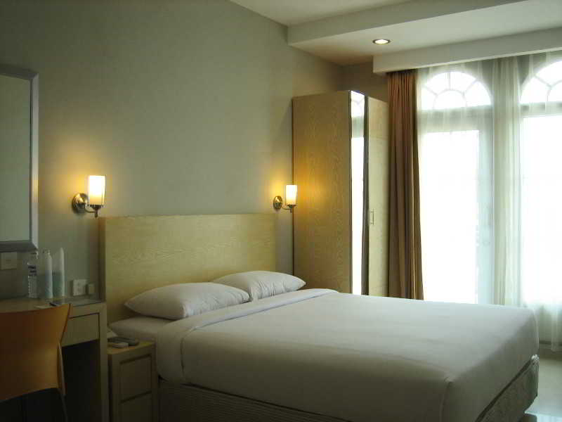 Room Triniti Batam