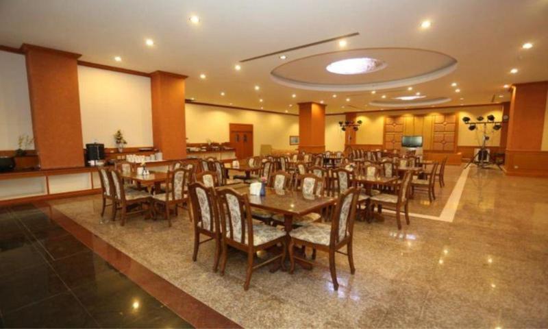 General view Arawan Riverside Hotel