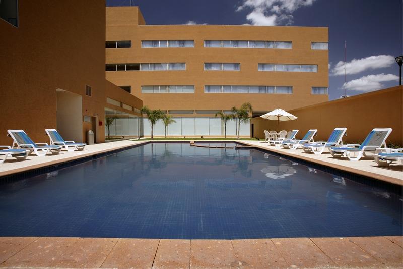 Pool Fiesta Inn Reynosa