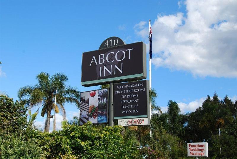 General view Abcot Inn