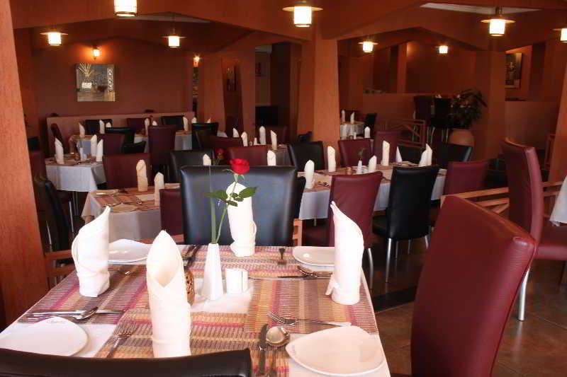 Conferences Crossroads Hotel