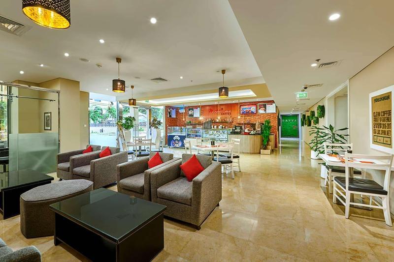 Ramada Hotel & Suites by Wyndham JBR - Pool - 8