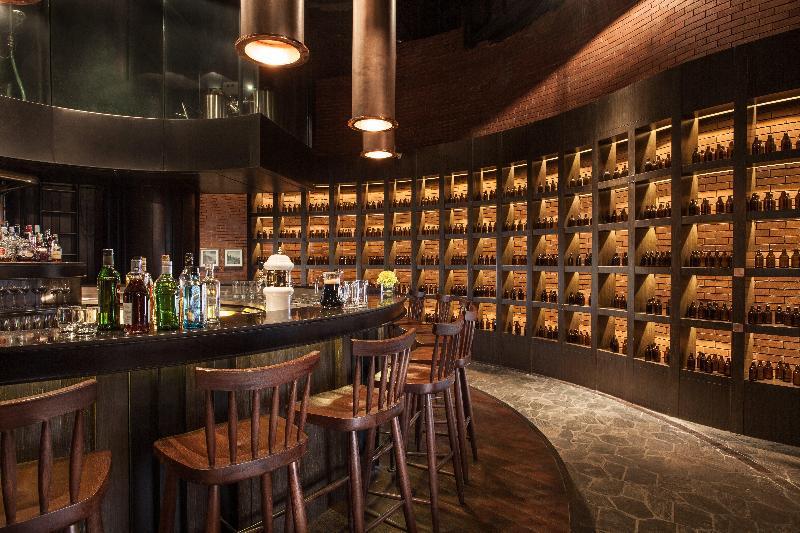 Crowne Plaza Shanghai Harbour City - Bar - 16