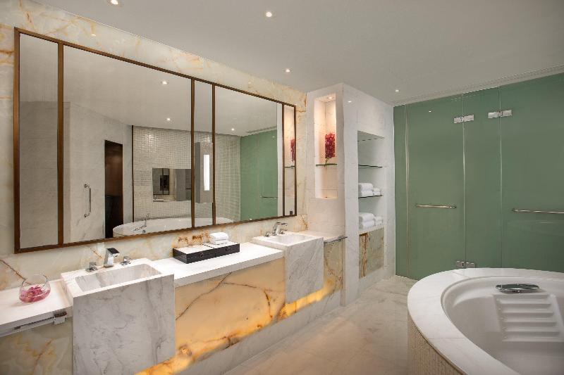 Crowne Plaza Shanghai Harbour City - Room - 14