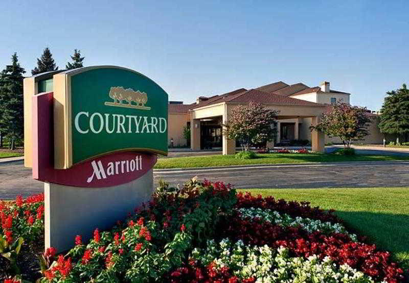 General view Courtyard Chicago Waukegan/gurnee