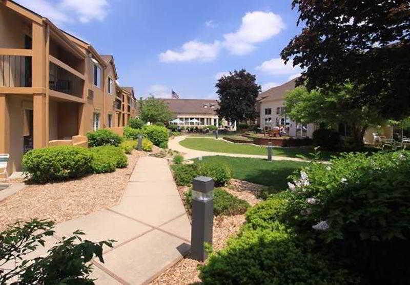 General view Courtyard Lansing