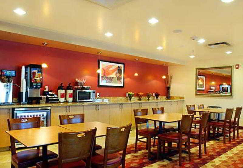 General view Towneplace Suites Kansas City Overland Park