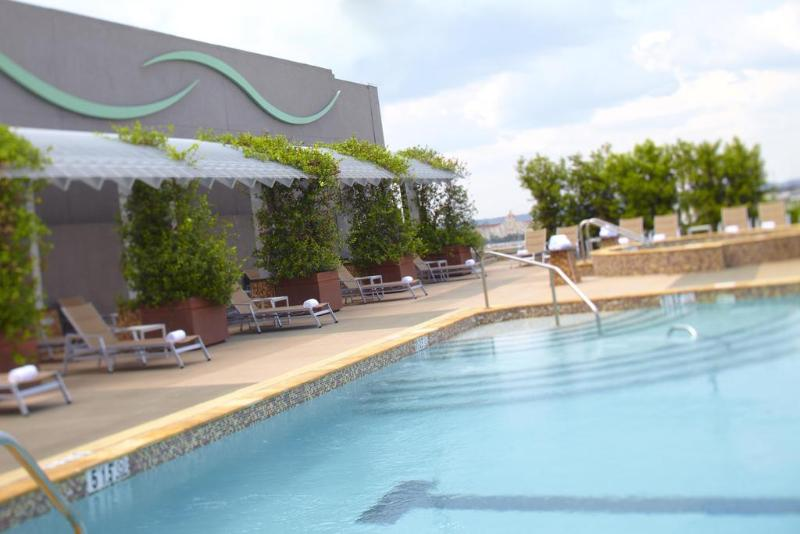 Pool The Battle House Renaissance Mobile Hotel & Spa