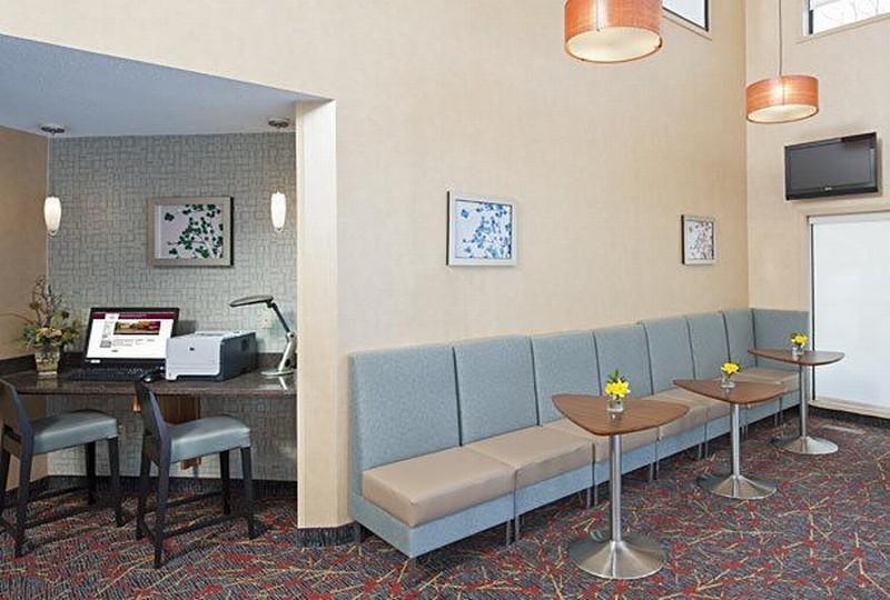 Lobby Sonesta Es Suites Minneapolis - St. Paul Airport